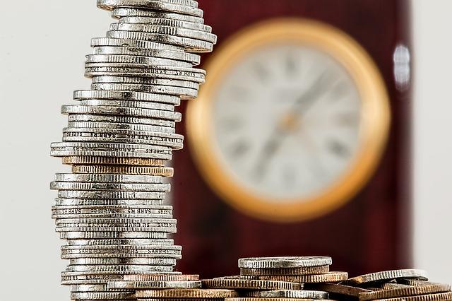 Pożyczki online na raty – kto może otrzymać pożyczkę na raty przez internet?