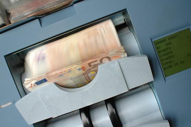 Czy pożyczki online są bezpieczne? Jak rozsądnie korzystać z szybkich pożyczek i chwilówek?