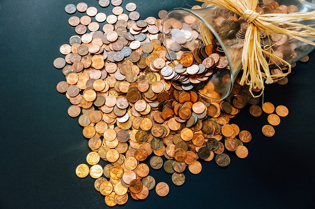 Pożyczka bez zaświadczeń: jakie warunki, jakie koszty, kto może ubiegać się o pożyczkę bez zaświadczeń?