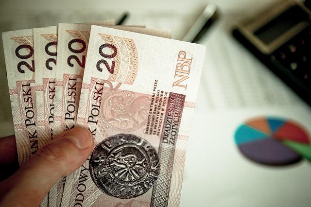 Pieniądze w ręce