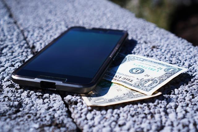 Pożyczki z obsługą domową – czym są, dla kogo są przeznaczone?